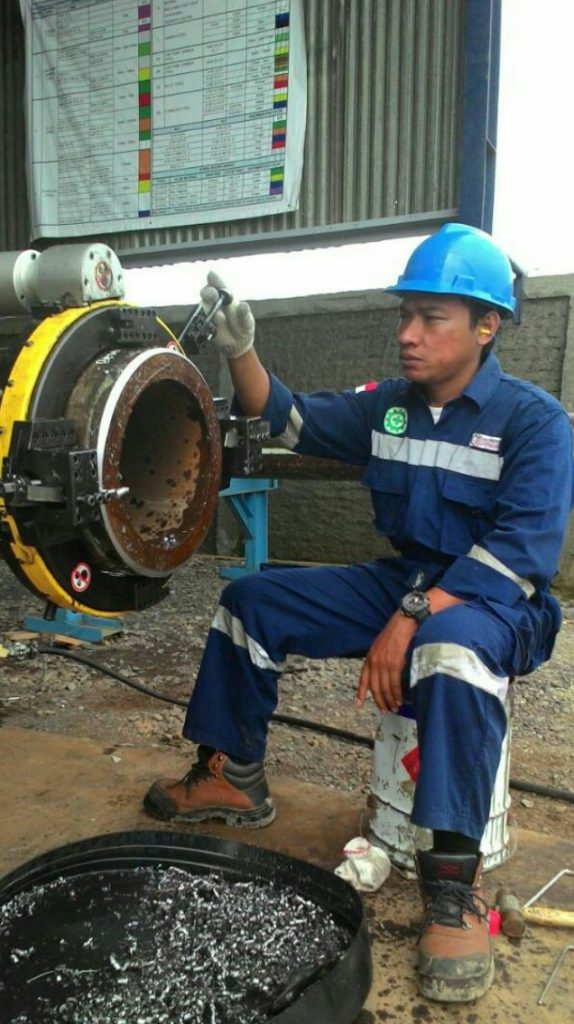 Pipe Cold Cutting Machine And Beveling